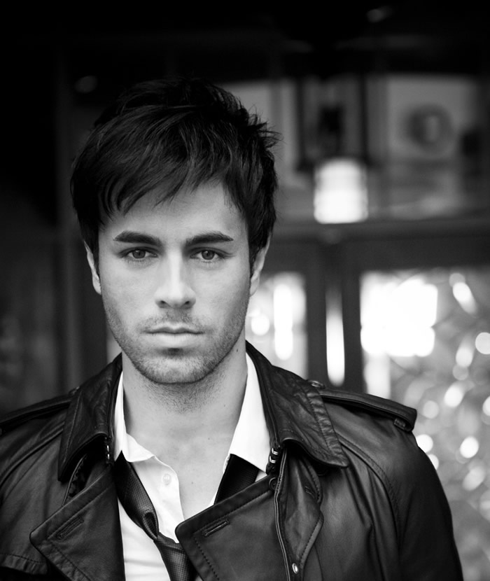 enrique iglesias wallpaper. Iglesias Wallpapers,. stroked. Apr 26, 11:05 PM. Almost as funny as your daughters face when